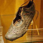 Модная итальянская обувь, возрастом 2000 лет