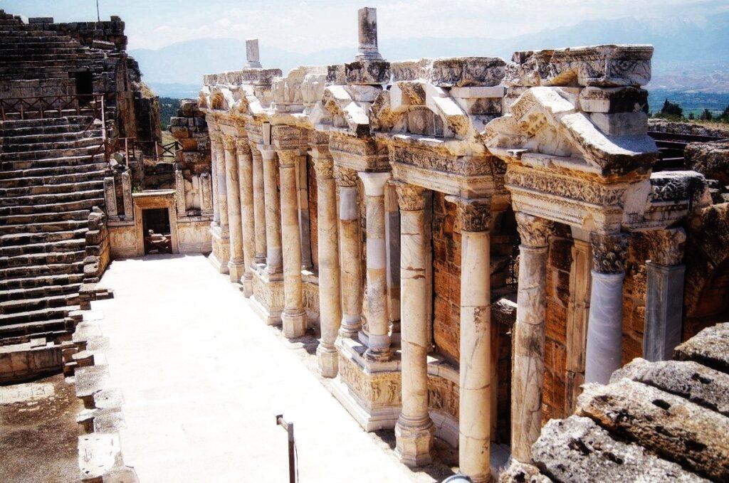Руины города Иераполис Памуккале