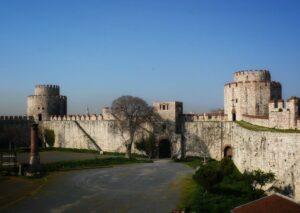 Крепость Едикуле (Йедикуле Хисари) Стамбул