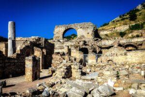 Руины борделя в Эфесе 1