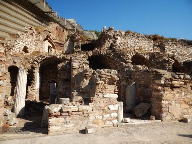 Руины борделя в Эфесе 3